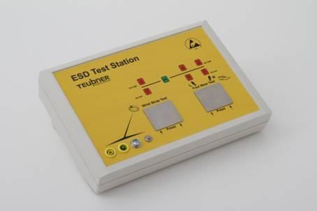 ESD-Teststation mit Wandhalterung und Bodenplatte